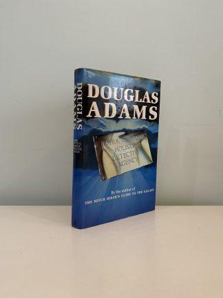 ADAMS, Douglas - Dirk Gently's Holistic Detective Agency